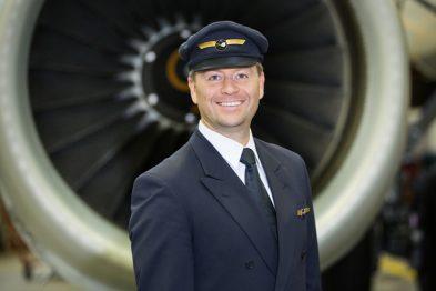 Lufthansa Pilotenmütze
