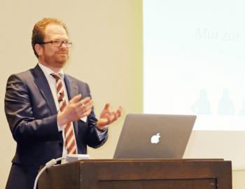 Henning Meyer auf dem 4. Markentag des Photoindustrie-Verbandes